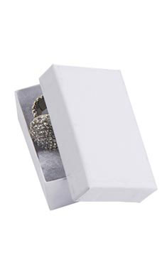 2 ½  x 1 ½  x ⅞ Cotton Filled White Kraft Jewelry Boxes